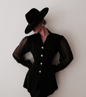 hat, pose and fashion