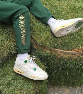 aesthetics, grass and sneakers