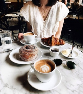 lifestyle, croissants and fashion