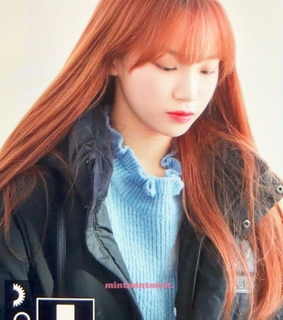 kpop, chaewon and previews
