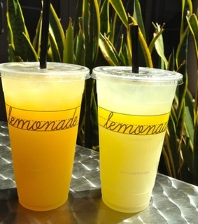ice, food and lemonade