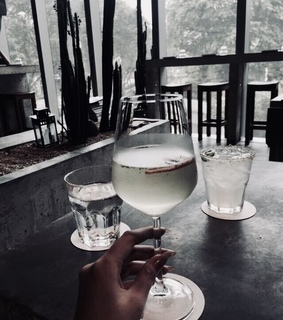 drink, drinks and wine