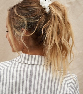 hair style, accessories and hair trend
