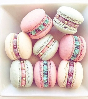 ?macarons, yum and food