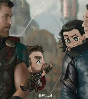 tom hiddleston, thor and Marvel