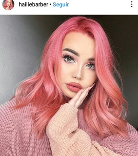 pink hair, site model and colored hair