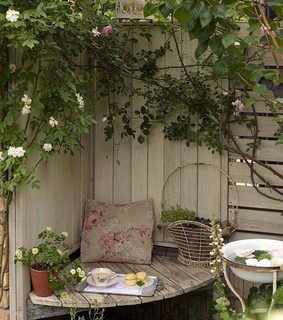 chilling, outdoor living and backyard ideas
