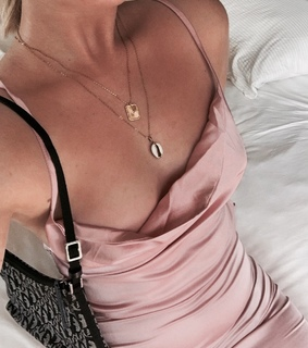 pink, jewelry and necklace
