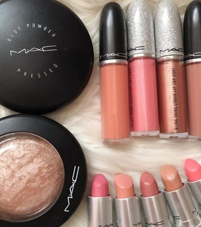 blusher, luxury and beauty