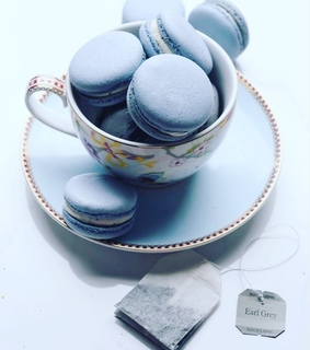 ?macarons, afternoon tea and biscuits