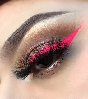 soft grunge, pink and eye look
