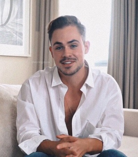billy hargrove, stranger things and dacre montgomery