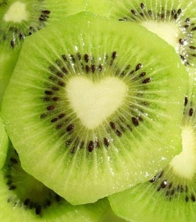 kiwi, heart and theme