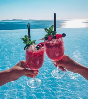 summer vibes, drink and alcohol