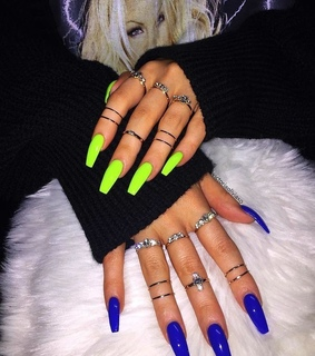 nails, neon green and néon