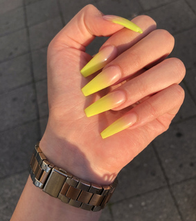 ombré, design and nails