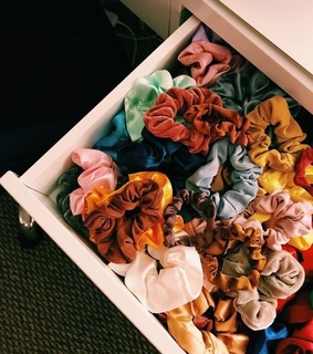 i love scrunchies, scrunchies and colours