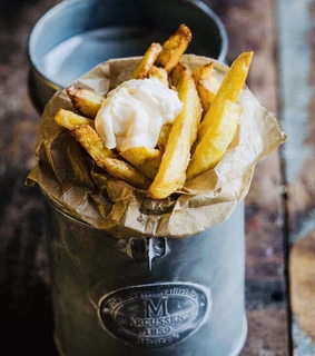 fries, chips and food