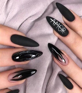 matte, ?amor and nail design