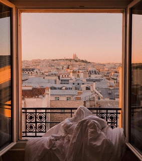 chill, paris and sleeping