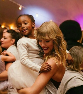 cute, Taylor Swift and singer