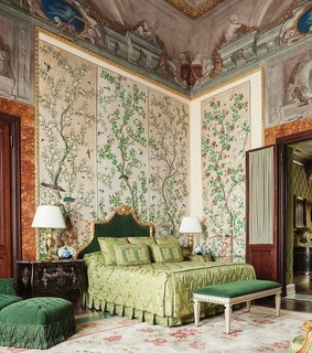 suite, green and rich