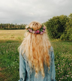wanderlust, flowers and curly