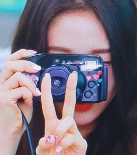 loona, yyxy and loona details
