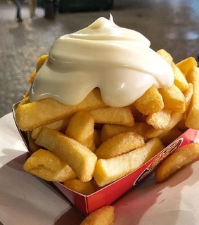 frites, dinner and chips