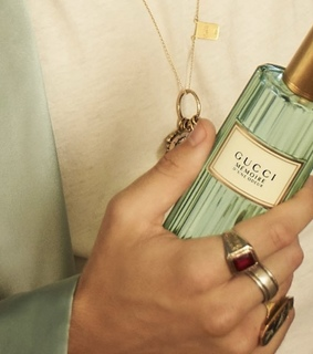 aesthetic, fragrance and rings
