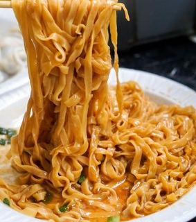 noodles and chinese food
