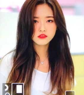 airport pics, hyejoo and son hyejoo