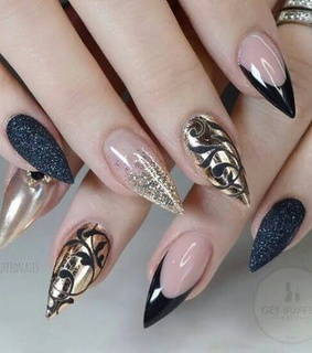 nice, Queen and nails