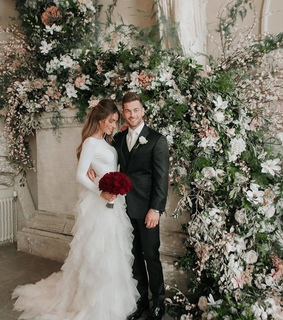 dress, bouquet and gown