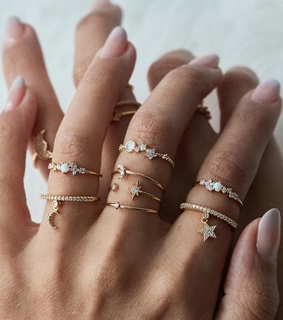 accessories, nails and rings