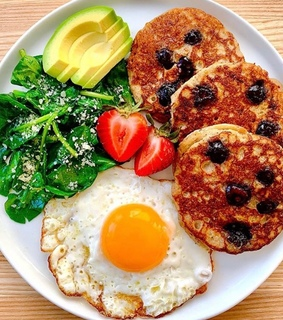 lifestyle, healthyfood and breakfast