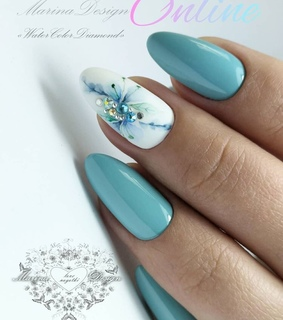blue nails, nails and beauty