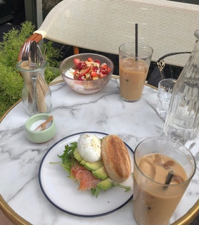 lifestyle, food and breakfast