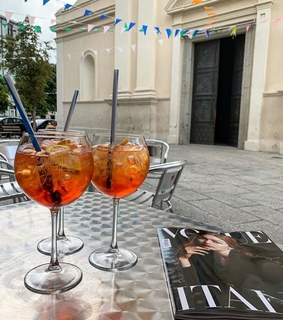 aperol, food and drink