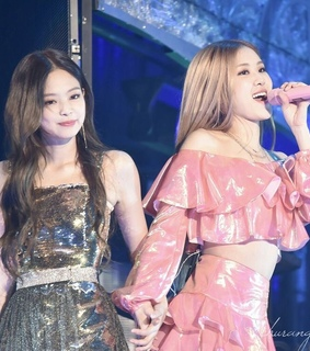 jendeukie, kpop and park chaeyoung