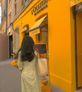 places, yellow dress and city