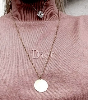 style, luxury and necklaces