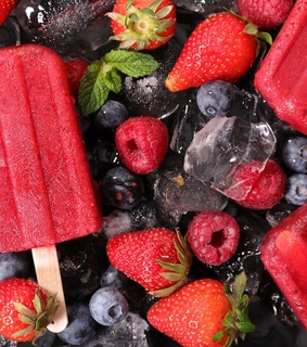 ice cube, popsicles and delicious