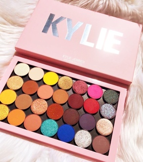 colours, kylie cosmetics and palette