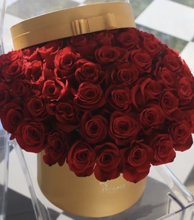 bouquet, red roses and beauty
