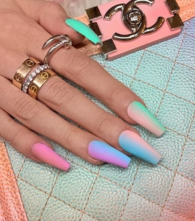 glitter, ombre and nails