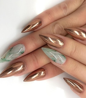 nail art, manicure and gold
