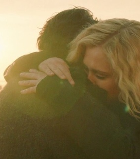 Eliza, taylor and the 100