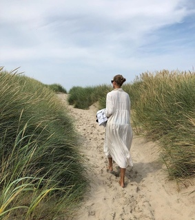 blogger, sand and vacation
