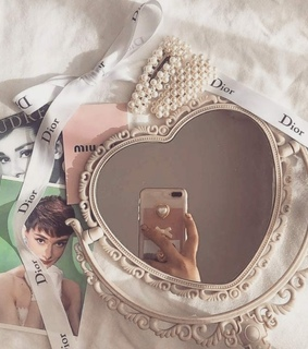 dior, mirror picture and girly